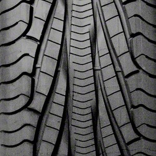 Goodyear Assurance TripleTred AS P215/55R-17 219827
