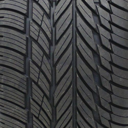 Vogue Signature V Black P235/55R-18 2858201