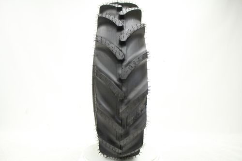 Specialty Tires of America Traxion Cleat R-1 13.6/--28 FC5PN