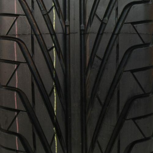 Diamondback UHP TR968 P215/50R-17 UHP6006BTR