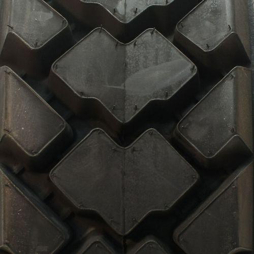 Titan H/E Skid Steer 10/--16.5 NHS 43H3R8
