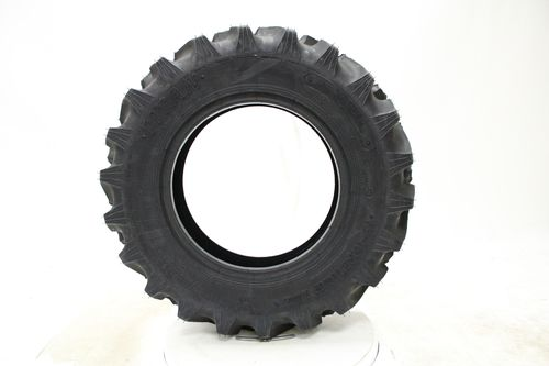 Titan Hi-Traction Lug R-1 18.4/--26 48D656