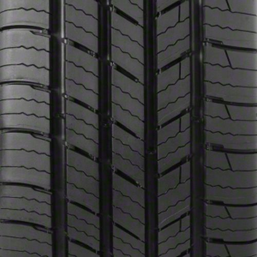 Michelin Defender 205/70R-15 60418