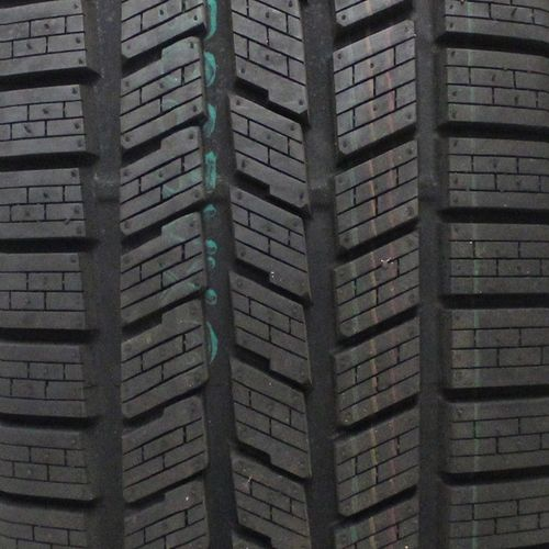 Pirelli Scorpion Ice & Snow 275/45R-20 1938900