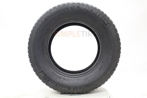 Michelin X-Ice Xi2 P215/60R-17 04411