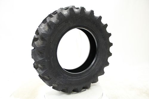 Titan Hi-Traction Lug R-1 12.4/--28 48D412