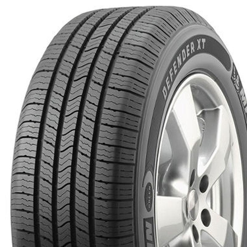 Michelin Defender XT P215/65R-15 67722