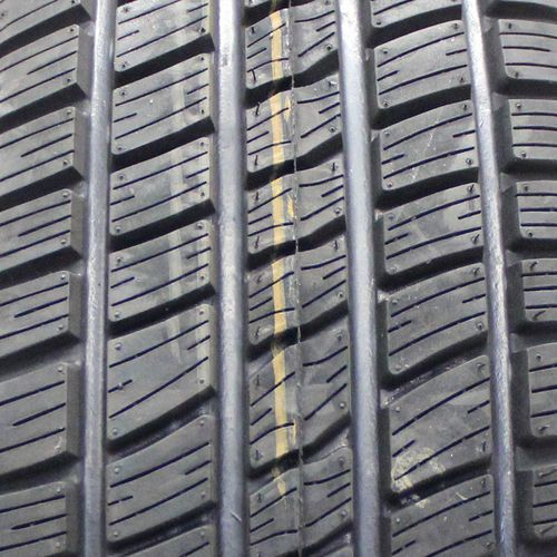 Del-Nat National XT Renegade P235/60R-15 70330